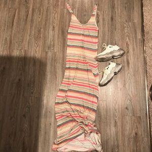 ⭐️CLEARANCE⭐️  Quicksilver medium maxi dress Med